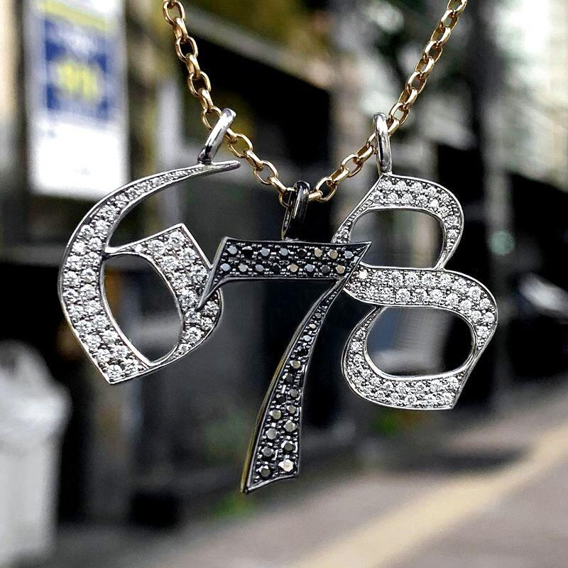 天然ダイヤモンド使用のナンバーネックレス